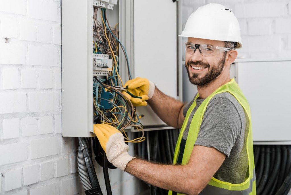 electrician doing maintenance